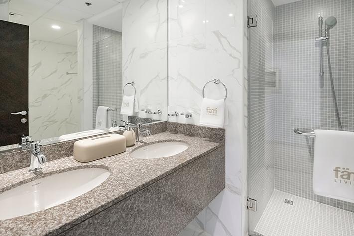 Deluxe Three Bedroom Plus Maids Room Apartment