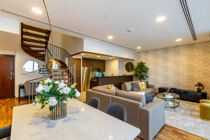 Deluxe Two Bedroom Duplex